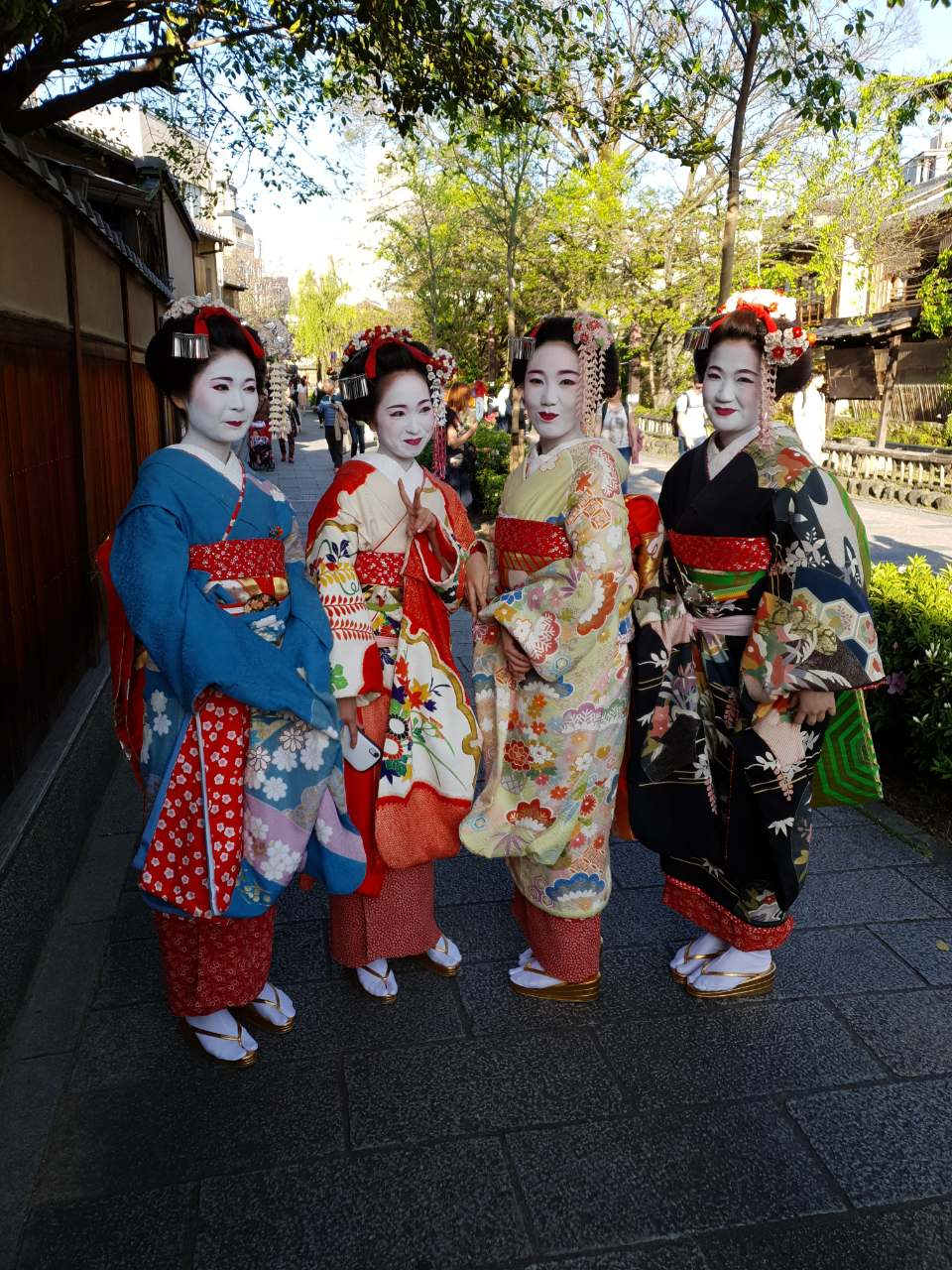 Maiko in Gion, Kyoto